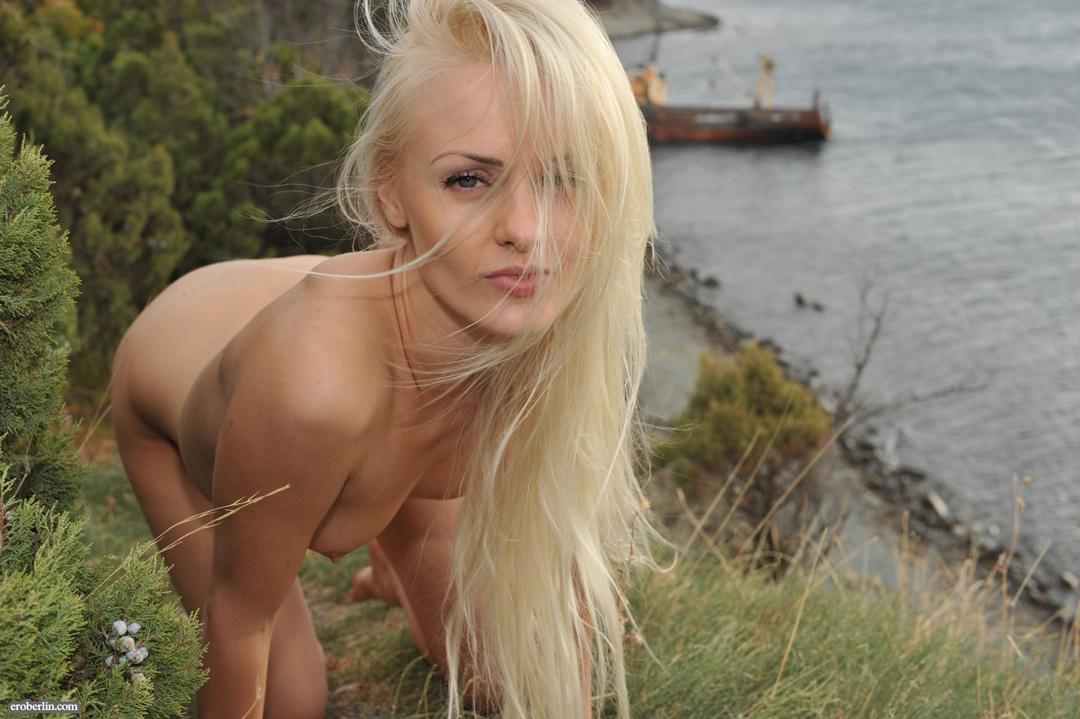Blond naked hot girl Blonde Girls